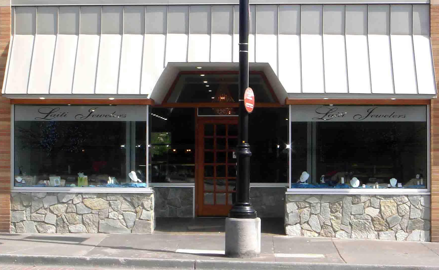 The store front of Laiti Jewelers.